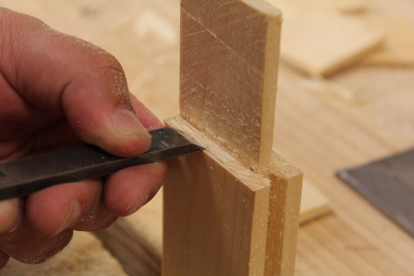 Cutting a Tenon with a Hand Saw