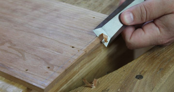 Chiseling a bevel