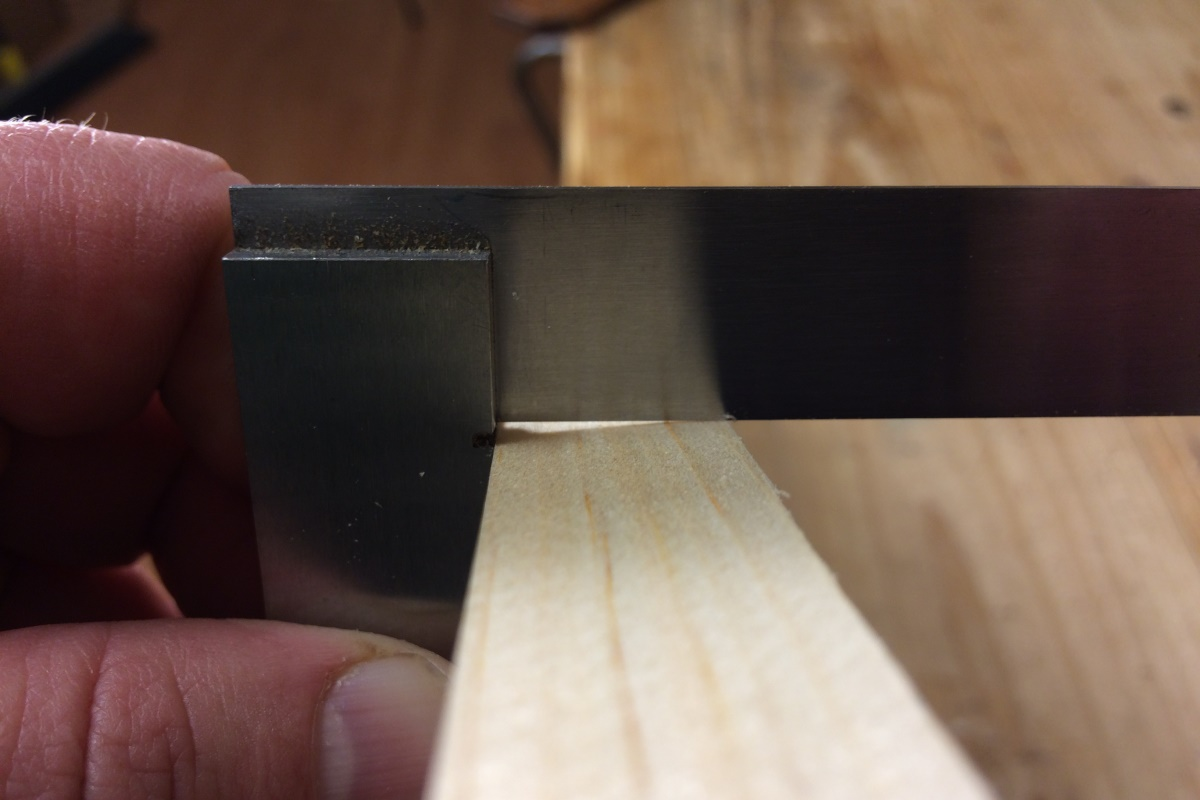 Hand Planing the Edge of a Board Square